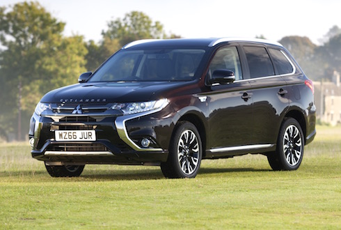 mitsubishi-outlander-phev-uk-sales-exceed-25000